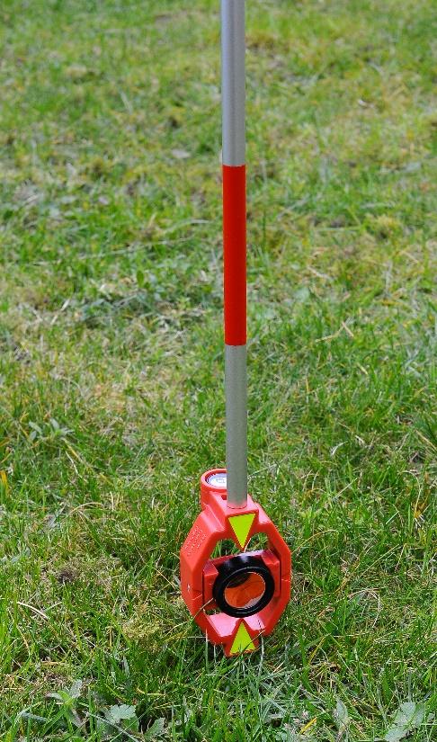 Afbeelding met gras, buiten, rood  Automatisch gegenereerde beschrijving
