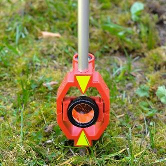 Afbeelding met gras, buiten, zitten, klein  Automatisch gegenereerde beschrijving